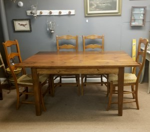5 ft farm table - full view